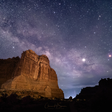 Milky Way over Arches 02