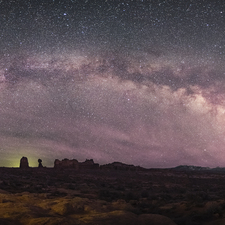 Milky Way over Arches 03