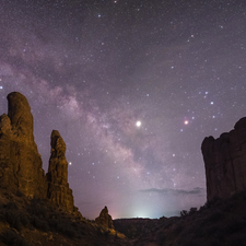 Milky Way over Arches 06